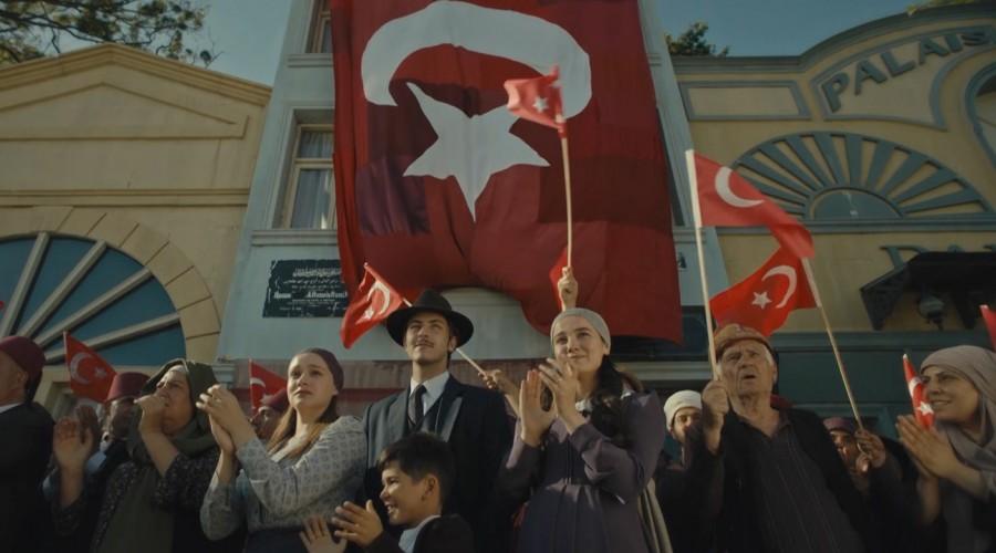 Mi patria eres tú (Capítulo 258 - Parte 1)