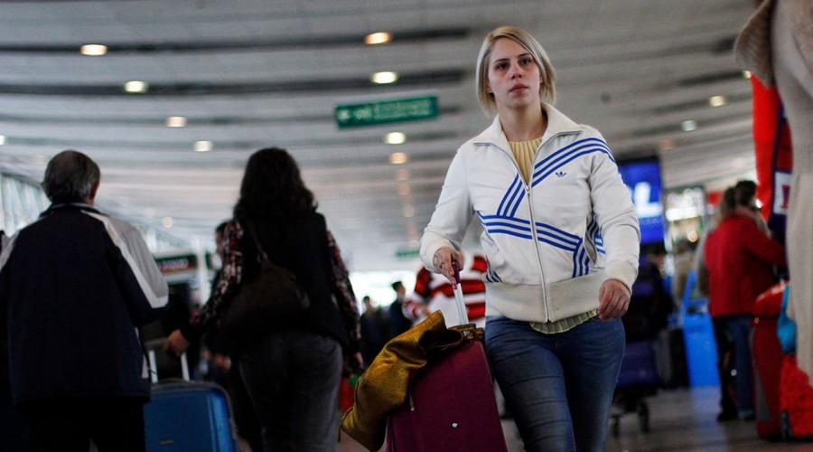 Conoce las exigencias que deben cumplir los viajeros que lleguen a Chile desde el extranjero