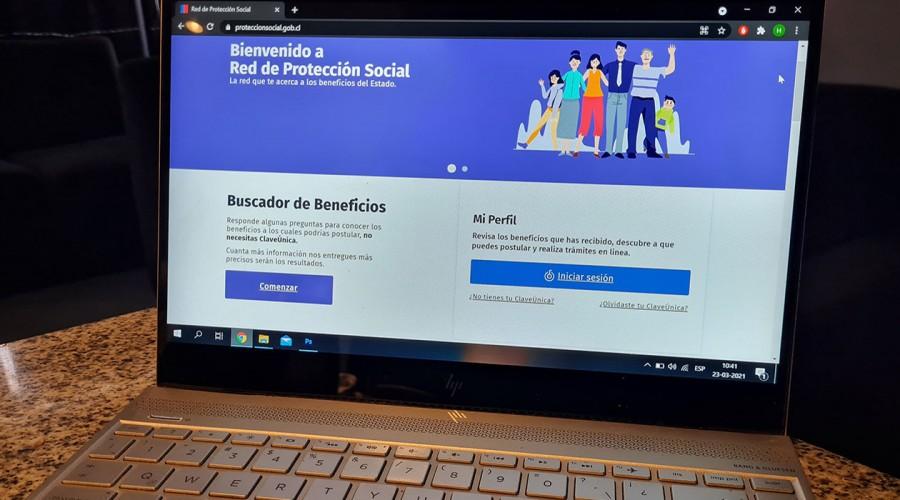 """Averigua el bono que recibirás: Gobierno habilita en sitio web un """"buscador de beneficios"""" estatales"""