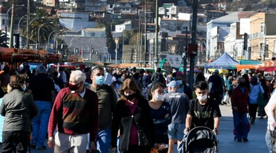 Puente Alto, Valparaíso y Temuco lideran en cantidad de casos activos en el país
