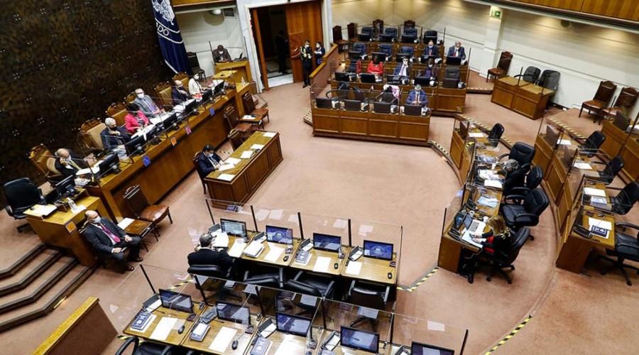 Gobierno se abre a la posibilidad de aumentar los beneficiarios del Bono Clase Media