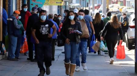 Metropolitana y Valparaíso lideran la lista: Conoce las regiones con más casos activos de Covid-19