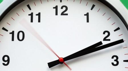 Cambio de hora: Proponen establecer horario de invierno todo el año