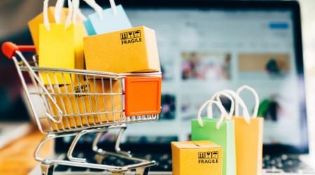 ¿Eres emprendedor? Te contamos qué productos son esenciales y tips para no dejar de activar tu marca