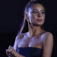 """Bailando y sin medidas de autocuidado: Las imágenes de la cantante """"Cami"""" en fiesta masiva en Miami"""