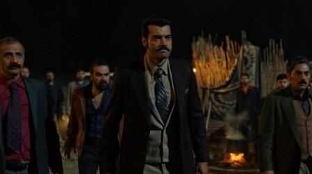 Avance extendido: Demir llegará al campamento buscando a Yilmaz