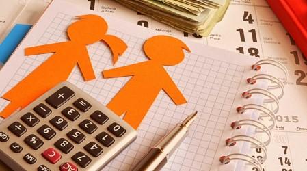 Trámite fácil y online: Así puedes pedir la retención del dinero de bonos por deuda en pensión de alimentos