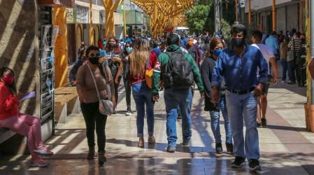 Lidera la Región Metropolitana: Estas son las 20 localidades con más casos activos de coronavirus