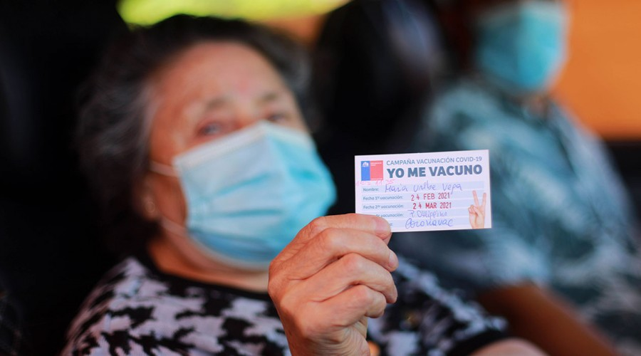 Calendario de vacunación: Revisa si estás entre las personas que se deben vacunar contra el covid esta semana