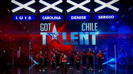 Diamonds Dance sorprendió con un emotivo montaje que buscó representar la desigualdad social en chile