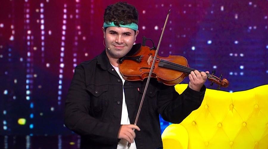 """""""Me sorprendió"""": Jeremy Castró se ganó los aplausos tras su versátil y talentosa presentación"""