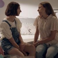 """""""Tú eres mi mamá"""" / Presentado por Caja Los Andes"""