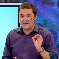 No se dio cuenta: El divertido chascarro que vivió Roberto Saa en medio del noticiero de Meganoticias