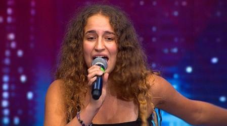 Nicole Düring encantó con su bella voz e histrionismo