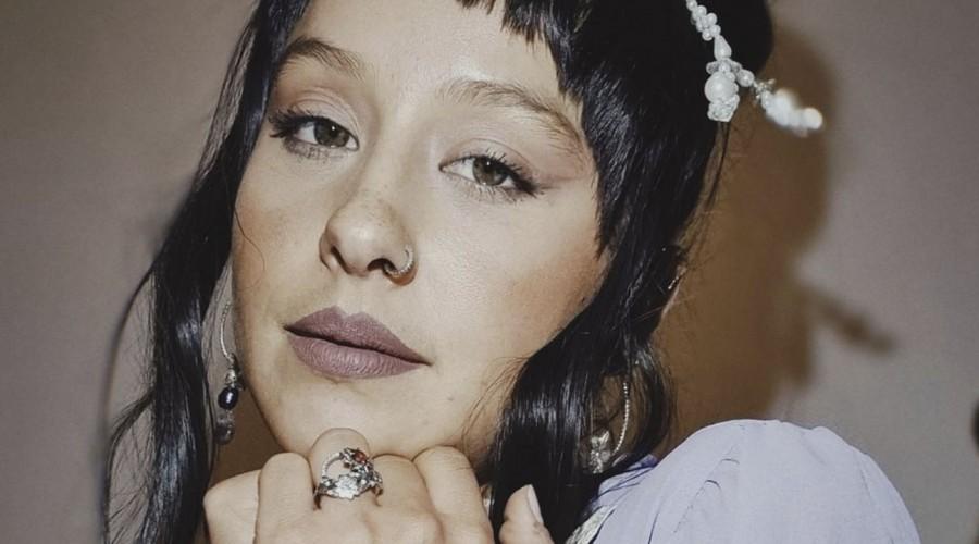 """""""Me escribí esta canción como regalo"""": Denise Rosenthal sobre """"Flor de Azucena"""" de """"Todas Seremos Reinas"""""""