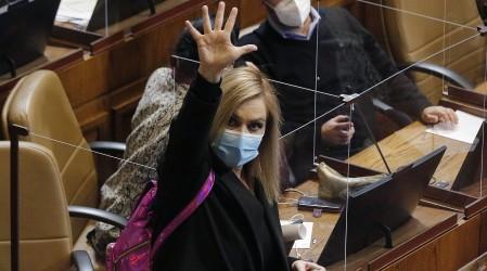Retiro del 100% de los fondos de AFP: Diputada Pamela Jiles ingresó nuevo proyecto de ley