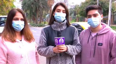 """Grabó el momento: Joven que recibió vacuna """"simulada"""" en Huechuraba indica que todavía no recibe su dosis"""