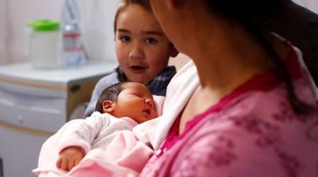 Atención padres, se extiende el Postnatal de Emergencia por 3 meses: Cómo solicitar el beneficio