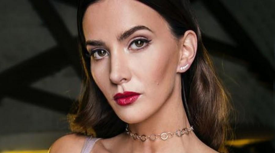 ¿Nuevo look? Aylén Milla luce un rostro diferente tras procedimiento estético