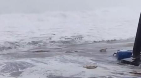 Mira los impresionantes registros: Las principales costas del país se ven afectadas por fuertes marejadas