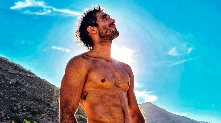 Pedro Astorga llama la atención en redes sociales por la extravagante forma de su casa en el sur