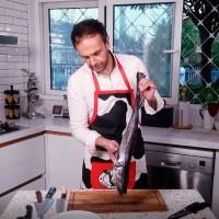 ¿Podrá filetearlo?: Rodrigo Sepúlveda aprende las mejores técnicas de un experto en la cocina