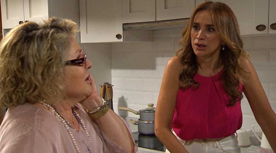 """""""Se lo merecía hace 25 años"""": Cachetada de Samanta a Leticia fue festejada por los fans de"""