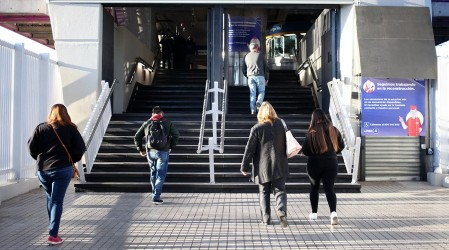 10 comunas de la Región Metropolitana salen de Cuarentena: Autoridades señalan que indicadores no son óptimos