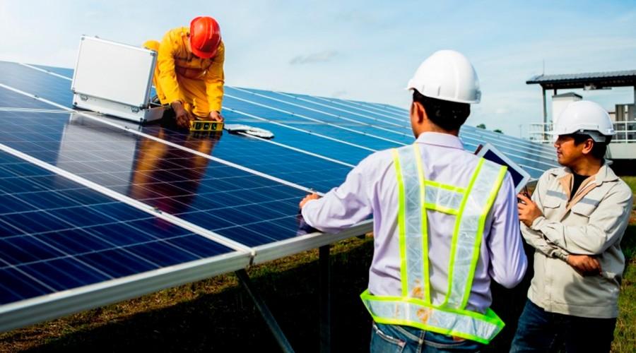 Ahorra en electricidad: ¿Cuáles son los requisitos para poner paneles solares en tu vivienda?