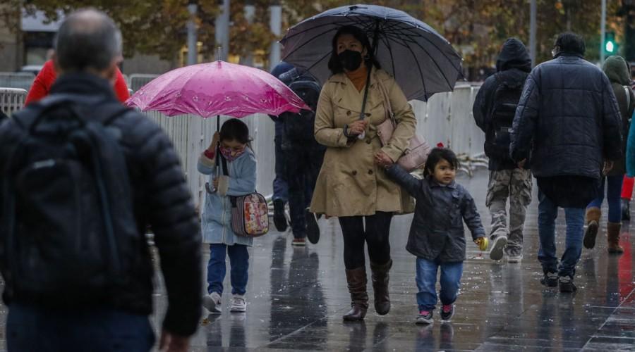 ¡Se viene lluvia en Santiago! Revisa cómo serán las precipitaciones para este miércoles