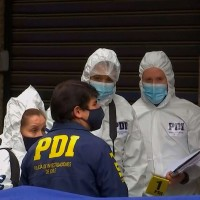PDI investiga hallazgo de cuerpo calcinado a cuadras de La Moneda