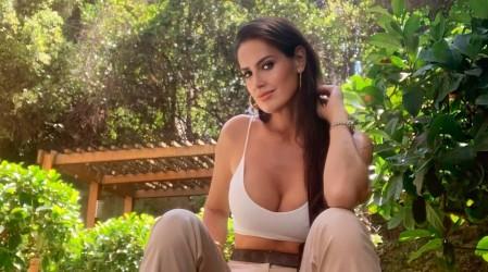 Adriana Barrientos presenta su renovado rostro y se llena de comentarios en redes sociales