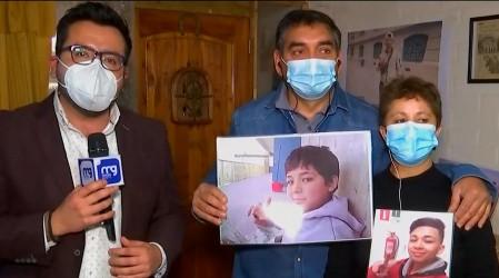 """""""Yo pido justicia para él"""": Padres de joven asesinado por un celular en Peñalolén recuerdan a su hijo"""