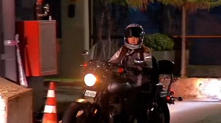 Entrada triunfal sobre ruedas: Priscilla Vargas llega en su moto a conducir Meganoticias Amanece