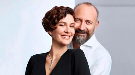 Actores que interpretaron a Onur y Sherezade anunciaron el sexo y nombre de su tercer hijo