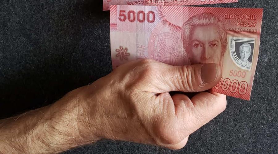 Desde los $177 mil a los $887 mil: Averigua cuándo te corresponde el pago del IFE de julio