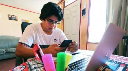 Becas TIC Junaeb: Revisa si tu hijo si recibirá un computador gratuito