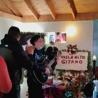 """Al ritmo de la música, amigos y familiares despiden a Claudio """"El Gitano"""" Valdés"""