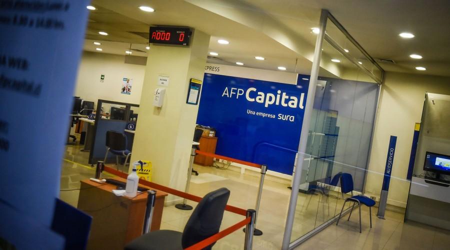 Recibe hasta $200 mil: Averigua cómo puedes pedir a tu AFP el Bono de Cargo Fiscal
