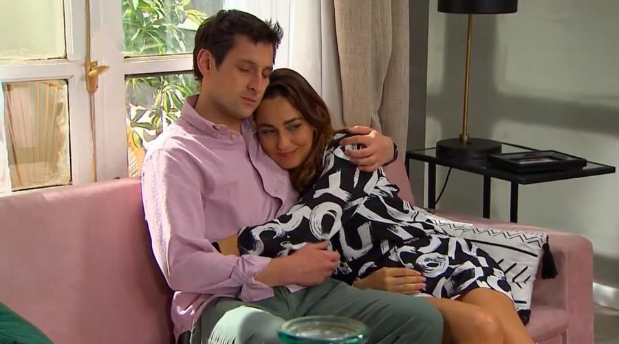 Julieta encara a Tomás y le cuenta quién es su nueva pareja