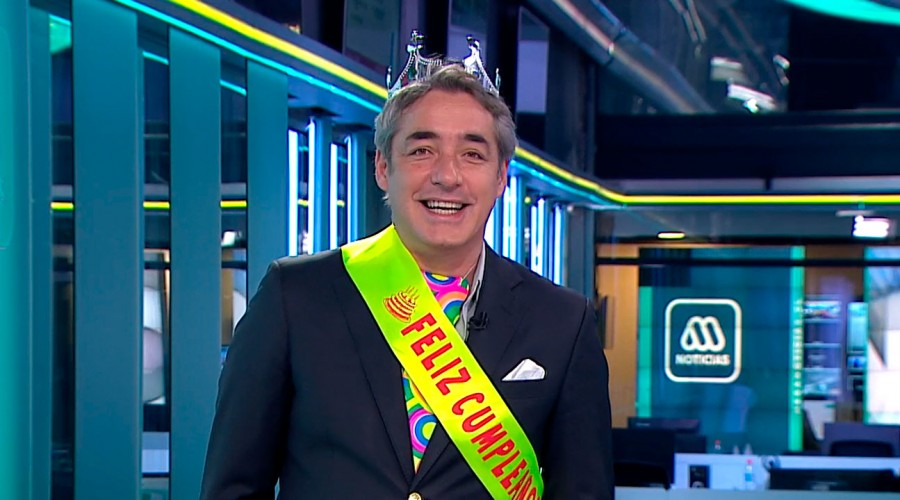 """Con """"trencito"""" y torta: Así fue el cumpleaños de José Luis Repenning en medio de Meganoticias"""