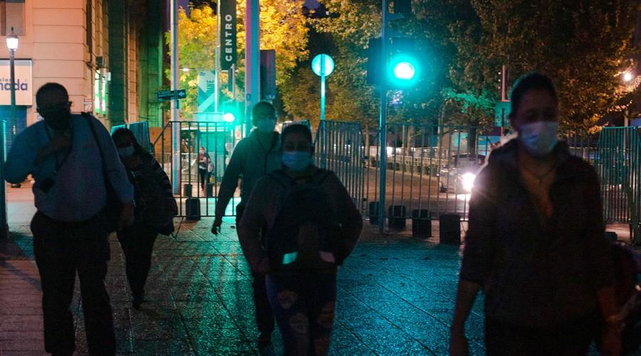 Región Metropolitana avanza en el Toque de Queda: Comenzará a la medianoche