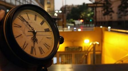 Esta semana se realiza el cambio de hora: Revisa lo que debes hacer