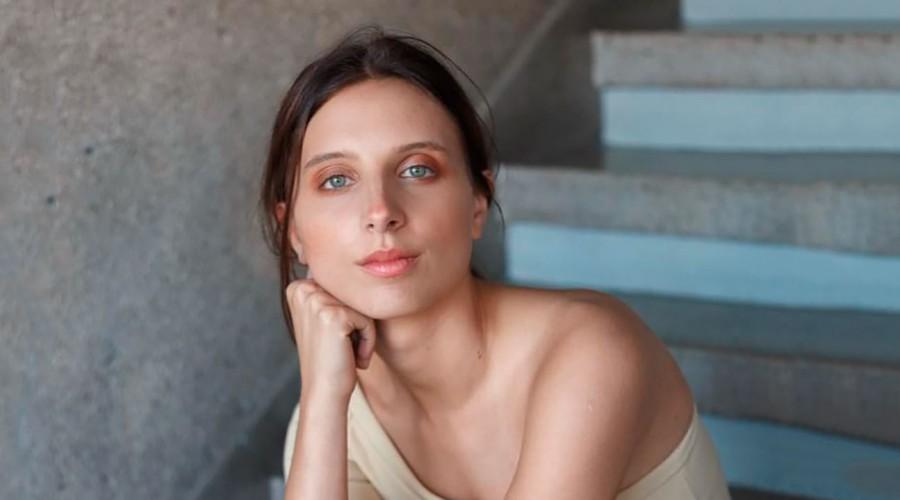 Paula Luchsinger revela su drástico cambio de look para