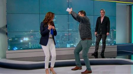 Priscilla Vargas sorprendió a televidentes improvisando pie de cueca en Meganoticias