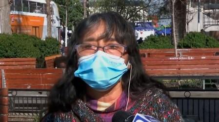 """Vive con $400 mil al mes: Gladys espera el cuarto retiro para """"sobrevivir un poco"""" junto a su familia"""