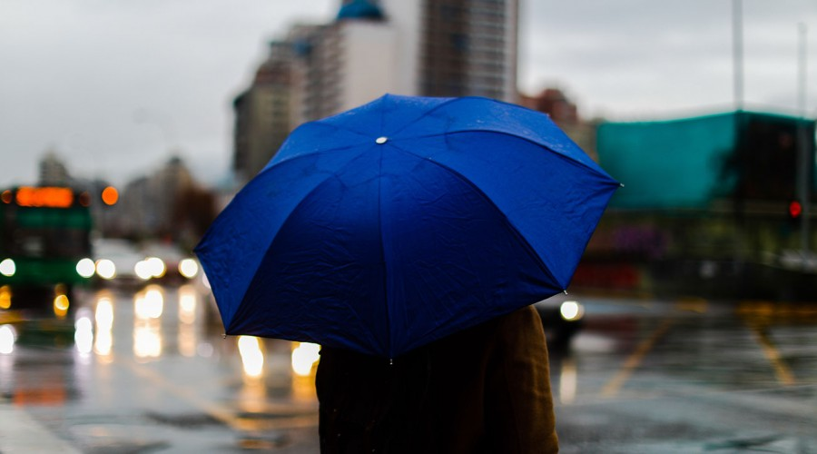 Vuelven las lluvias a Santiago: Revisa el pronóstico para este sábado y domingo