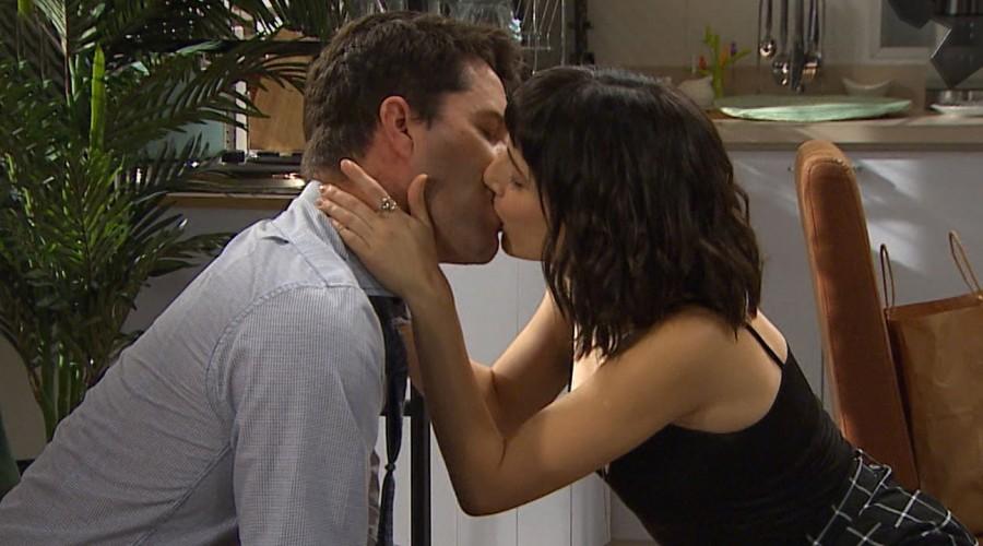 """¡Impacto en """"Verdades Ocultas"""" tras beso de Martina y Gaspar!"""
