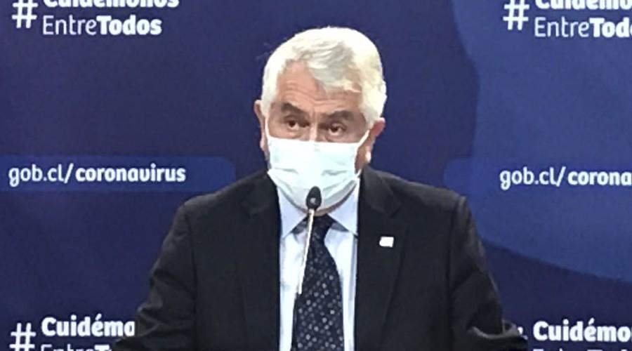 """""""Hemos detectado una leve alza en los casos nuevos"""": Ministro Paris sobre las nuevas cifras de Covid-19"""