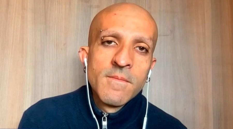 """""""No soy delincuente, soy alguien que se equivocó"""": Rodrigo Rojas Vade presentó su renuncia a la Convención"""